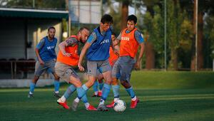 Trabzonspor, hazırlıklarını akşam antrenmanıyla sürdürdü