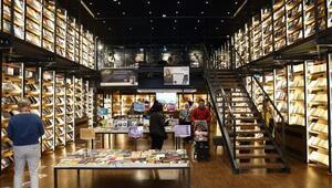 Yapı Kredi Yayınları kitabevleri kapılarını açıyor