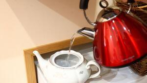 Çaydanlıkta oluşan kireç nasıl temizlenir