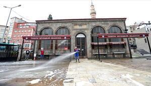 Trabzonda hangi camilerde cuma namazı kılınacak İşte Trabzonda cuma namazı kılınacak camilerin listesi