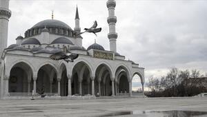 Malatya ve Van'da cuma namazı kılınacak camiler hangileri İşte cuma namazı kılınacak camiler