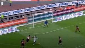 Appiahın Juventus formasıyla Cagliariye attığı jeneriklik gole bir de bu açılardan bakın