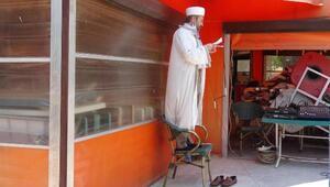 Aydında 74 gün sonra sosyal mesafeli cuma namazı kılındı