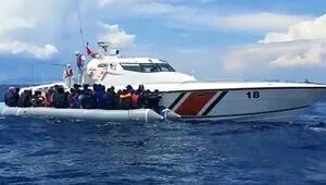 İzmirde 60 düzensiz göçmen kurtarıldı