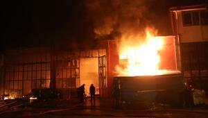 Çorum'da yanan 5 iş yerinde zararın tespiti için çalışma başlatıldı