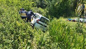 Samsunda hafif ticari araç şarampole devrildi: 1 ölü, 4 yaralı