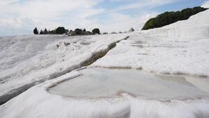 Beyaz cennet Pamukkale 74 gün sonra sıkı tedbirlerle açılıyor