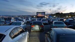 Tekirdağda otomobillerle açık hava sineması etkinliği