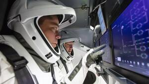 SpaceX ile gönderilen astronotlar 4 ay uzayda kalacak