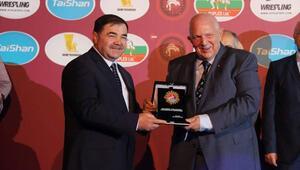 Avrupa Güreş Birliği Başkanı Tzeno Tzenov hayatını kaybetti