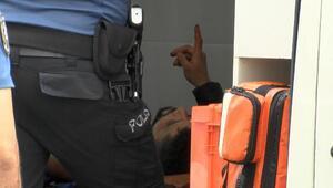 Fatihte bıçaklı kavga sonrası yaşanan arbede kamerada