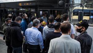 İstanbulda bugün... Minibüs ve otobüsler ayakta yolcu aldı