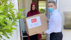 YTB'den ihtiyaç sahiplerine yardım paketi