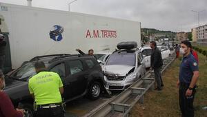 Samsunda zincirleme kaza 12 araç birbirine girdi