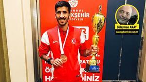 Milli atlet Yavuz Ağralı: Olimpiyat da koşarım, ışkın da satarım