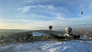 Pamukkalede balon uçuşları 1 Temmuzda başlıyor