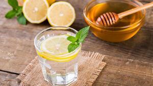 Ballı ılık su içmenin vücuda etkileri neler