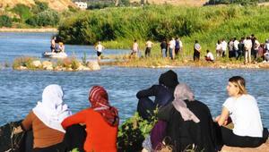 Dicle Nehri'ne giren kardeşlerden çok acı haber