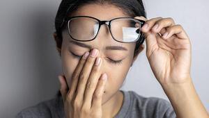 Göz Ovuşturmak Zararlı Mıdır