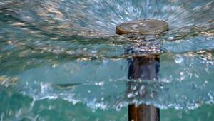 Süs havuzlarına giren çocuklarda virüs tehlikesi