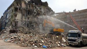 Avcılar'da riskli 194 binadan 122'si yıktırıldı