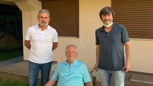 Fenerbahçenin eski başkanı Aziz Yıldırım: Fenerbahçe bölünmesin