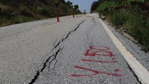 Anzak Koyu yolu heyelan riski nedeniyle trafiğe kapatıldı