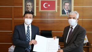 AK Partili Hamza DAĞ duyurdu Çiğli Devlet Hastanesi Üniversite Hastanesi oldu