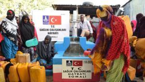 Koronavirüs kahramanlarına adanan bağışlar Afrika'da su oldu
