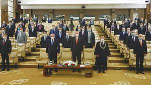 AYM Başkanı Arslan yemin töreninde konuştu: 'Irkçılık salgından daha tehlikeli'