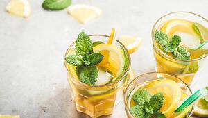 Bir anda bastıran yaz sıcaklarına karşı nefis buzlu çay tarifleri