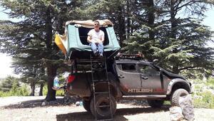 Araç üstünde çadırlı tatil