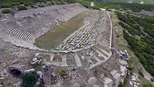 Gladyatörler şehrinin anıtsal yapıları