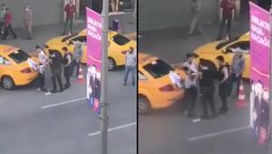 Beyoğlunda yabancı uyruklu kişiye tokat atan 2 bekçi açığa alındı