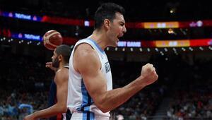 Arjantinli basketbolcu Scola, AX Armani Exchange Milandan ayrıldı