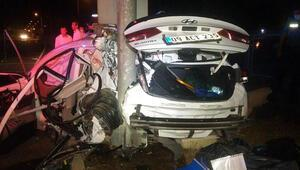 Otomobil direğe çarptı: 1 ölü, 3 yaralı