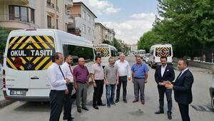MHP'li Ilıkan: Servisçilere de destek olmamız lazım