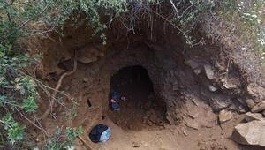 Elazığda kaçak kazıya suçüstü: 3 gözaltı