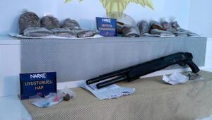 Adana'da uyuşturucu ticaretine 2 tutuklama