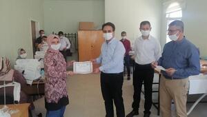 Midyatta maske üretimi yapan öğretmenlere teşekkür belgesi