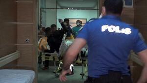 Yan bakma savaşı Sokakta bıçaklı, hastanede yumruklu saldırı