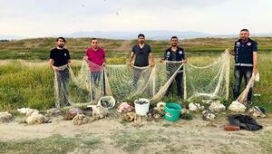 Vanda ağlara takılı 8 ton inci kefali ele geçirildi