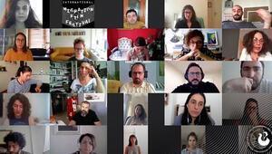 Yapımcı Zeynep Atakan Uluslararası Göç Filmleri Festivalinde gençlerle bir araya geldi