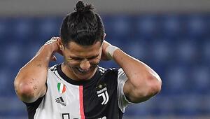 Napoli penaltılarda Juventusu geçti, İtalya Kupasında şampiyon oldu