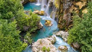 Konyada yeşil ile mavinin buluştuğu şelale: Yerköprü
