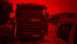 Hafriyat kamyonu, hafif ticari araca çarptı anne ve kızı öldü
