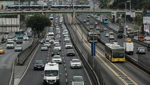 Haftanın son iş gününde İstanbul trafiğinde yoğunluk