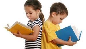 İş Bankası'ndan çocuklara tatil hediyesi kitaplar