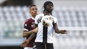 İtalya Serie A golsüz başladı: Torino 0-0 Parma