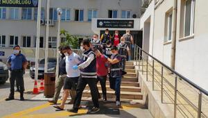 Bursada suç örgütü şüphelisi 22 kişi adliyede